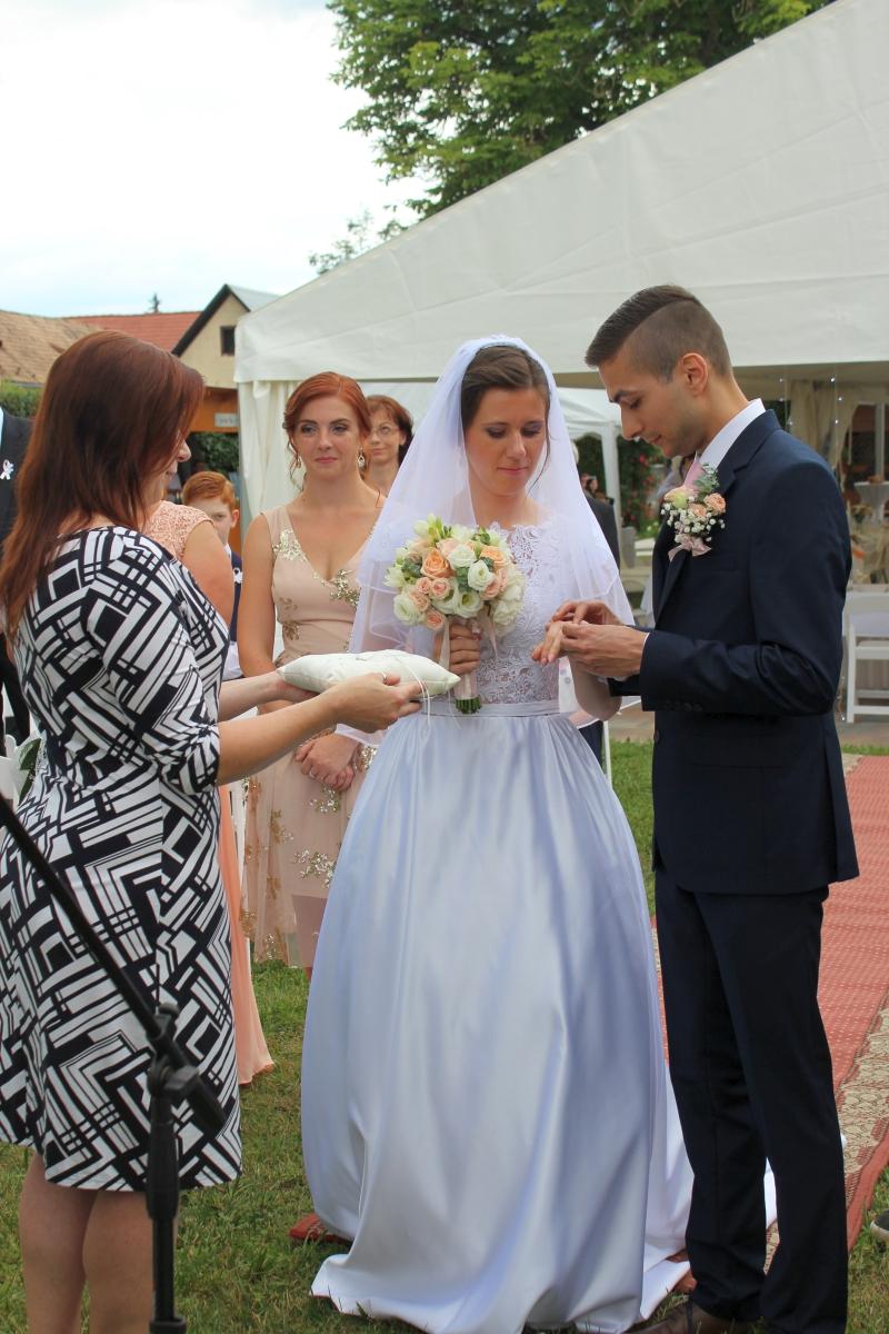 https://dreamevent.sk/wp-content/uploads/2018/06/58Svadba-Veronika-a-Andrej.jpg